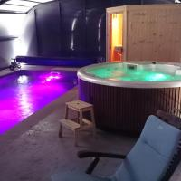 Hotel Pictures: La Grande Oasis - B&B et Spa, Grazac