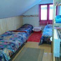 Hotel Pictures: Keraamika Accommodation, Pärnu