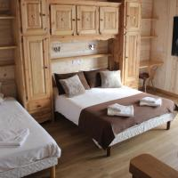 Quadruple Room with 1 Double and 2 Single Beds