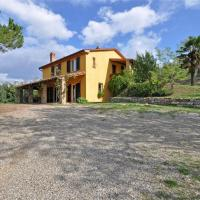 Holiday home Lucignano