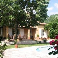 Hotel Pictures: Holiday home Villa Acacia, Saze
