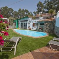 Hotel Pictures: Holiday home Los Bermejales, Firgas