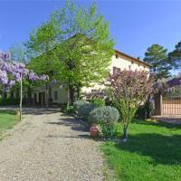 Five-Bedroom Holiday home in Ville Di Corsano