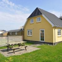 Hotel Pictures: Holiday home Lillegade 2, Thorsminde