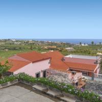 Hotel Pictures: Holiday home Camino Del Caidero, Arucas