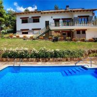 Hotel Pictures: Holiday home Palou Del Riu, La Baronia de Rialb