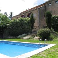 Hotel Pictures: Holiday home Cal Millas, Iborra