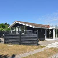 Hotel Pictures: Holiday home Snerlevej 492, Vang