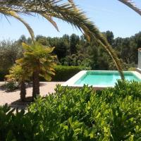 Hotel Pictures: Holiday home Can Cardus, Lavid