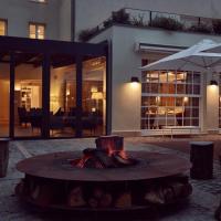 Hotel Pictures: La Demeure Du Parc, Fontainebleau