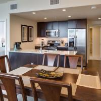 15th Street Apartment by Stay Alfred