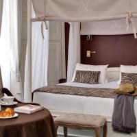 Deluxe Room with Four-Poster Bed (2 Adults)