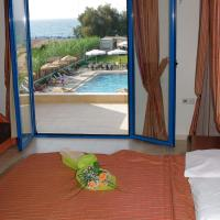 Studio with Sea View (3 Adults)
