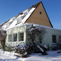 Hotel Pictures: Ferienwohnungen Hof Plenkitten, Ingstetten