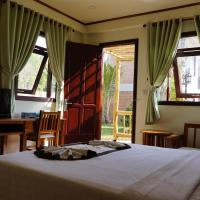 Deluxe Twin or Double Room with Garden View