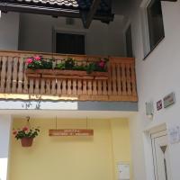One-Bedroom Apartment - Annex