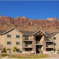 Red Cliff Apartment