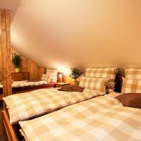 Deluxe Triple Room with Private Bathroom and Extra Bed