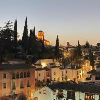 Duplex Apartment with Alhambra View