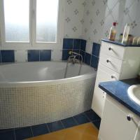 Twin Room with Bath