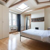Three-Bedroom Apartment - Sotheby Road