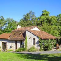 Hotel Pictures: Holiday home Mètairie Du Vignaud 1, Bourgnac