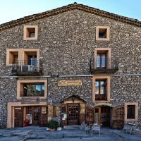 Hotel Pictures: Casa Rural Cal Farragetes, Tuixen
