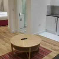 One-Bedroom Apartment - Blackstock Road (B)
