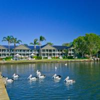 Hotel Pictures: Moby Dick Waterfront Motel, Yamba