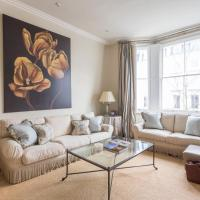 Three-Bedroom Apartment - Palace Gardens Terrace IV