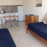 One-Bedroom Apartment with Air Conditioning (4 Adults)