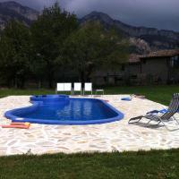 Hotel Pictures: Complex Rural Can Caubet, Berga