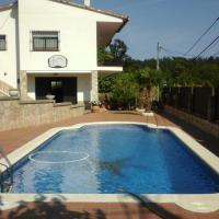 Hotel Pictures: Chalet Terrafortuna, Vidreres