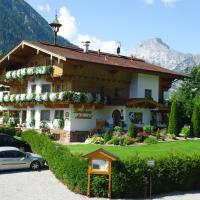 Hotel Pictures: Landhaus Achental, Pertisau