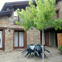 Hotel Pictures: Holiday home Paller Cal Gatnau I, Sant Andreu