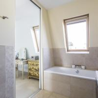 Four-Bedroom Apartment - Inglethorpe Street II