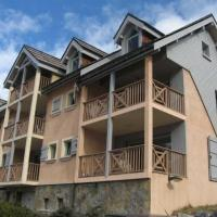 Hotel Pictures: Rental Apartment Mike House, Saint-Chaffrey