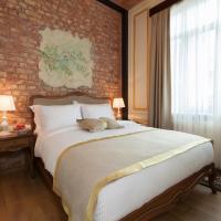Pera Parma Hotel