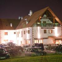 Hotel Pictures: Hostal Rural Haizea, Espinal-Auzperri
