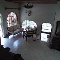 Hotel Pictures: Rio Macho Lodge, Orosí