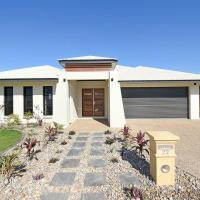 Hotel Pictures: Muirhead Holiday Homes, Casuarina