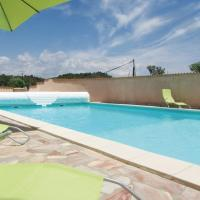 Hotel Pictures: Three-Bedroom Holiday Home in Aghione, Aghione