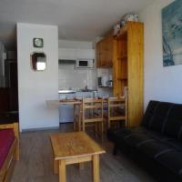 Hotel Pictures: Rental Apartment Mahourat 1 - La Pierre Saint-Martin, La Pierre Saint Martin