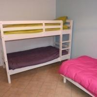 Hotel Pictures: Rental Apartment Uhartia 2 - Ciboure, Ciboure