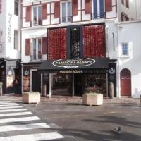 Hotel Pictures: Rental Apartment Erromardie - Saint-Jean-de-Luz, Saint-Jean-de-Luz