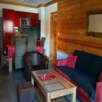 Hotel Pictures: Rental Apartment Chalet Du Janus - Montgenèvre, Montgenèvre