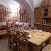 Hotel Pictures: Rental Apartment Chalet Jacky - Saint-Martin-De-BelleVIlle, Saint-Martin-de-Belleville