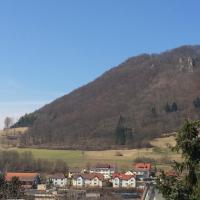 Hotelbilleder: Ferienwohnung Merzenbühl, Bad Überkingen