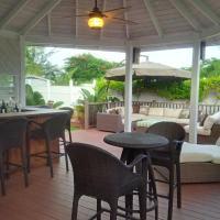 Hotel Pictures: Nautica Townhouse, Nassau