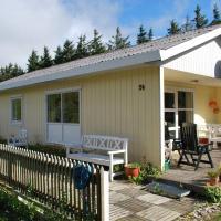 Hotel Pictures: Løkken Holiday Home 69, Nørre Rubjerg